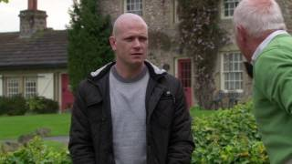 Eric Complains About Diane's Bossiness - Emmerdale