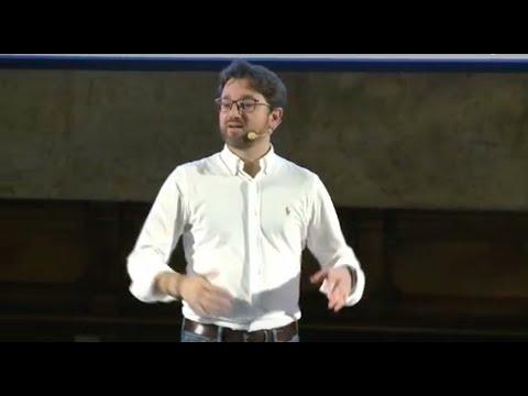 Il segreto è in Africa, non in Finlandia! | Javier Romero | TEDxUdine