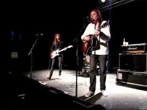Evan Dando & Juliana Hatfield 'Down About It' Sydney 20/12/12 music