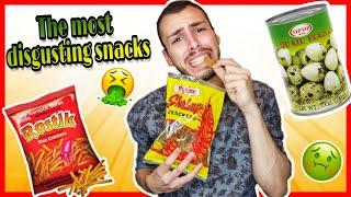 Δοκιμάζω τα πιο αηδιαστικά snacks! 🤢 δεν περνάω καλά | Tsede The Real