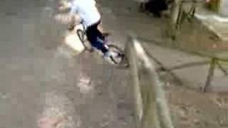 Gambar cover Ostia con bici