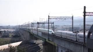 蔵王隧道に入るE6系とE5系 東北新幹線