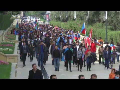 Реакция жителей Азербайджана и Армении на подписание мирного соглашения по Нагорному Карабаху.
