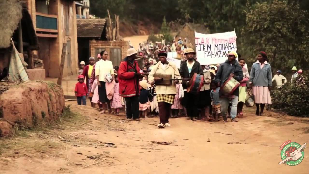 Operation Christmas Child in Madagascar - YouTube
