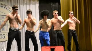 Парни сексуально танцуют фото 4-157