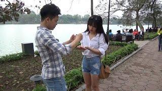 ảo thuật hôn gái xinh | Level Max 99999 | Magic Kissing Card Trick Vietnam Version