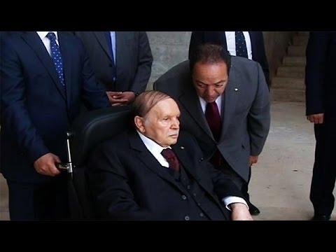 Президент Алжира впервые за долгое время появился на публике - World