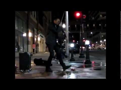 violin de la calle Andres Bryson having a little fun!.mp4