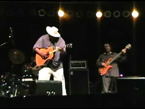 Taj Mahal - Queen Bee