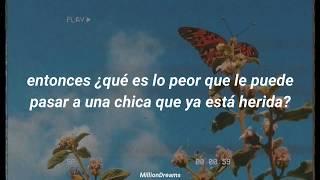 Lana Del Rey - Happiness is a butterfly (español)
