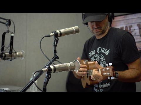 Aaron Shust Sings Worship Songs with a Ukulele