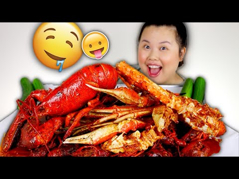 KING CRAB LEGS + WHOLE ENTIRE LOBSTER + CRAWFISH SEAFOOD BOIL MUKBANG 먹방 EATING SHOW!