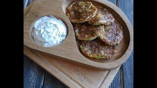 Кабачковые оладьи с сыром: рецепт от Foodman.club