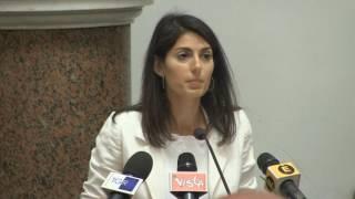 Virginia Raggi: superamento dei campi rom a Roma, parte il piano