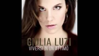 Viversi In Un Attimo Testo-Giulia Luzi