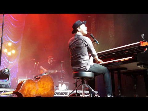 Gavin DeGraw - Change Gonna Come/ Hallelujah I just Love Her So (Basel)