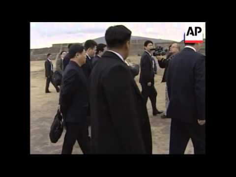 Vice president tours ancient site, comments on hostages