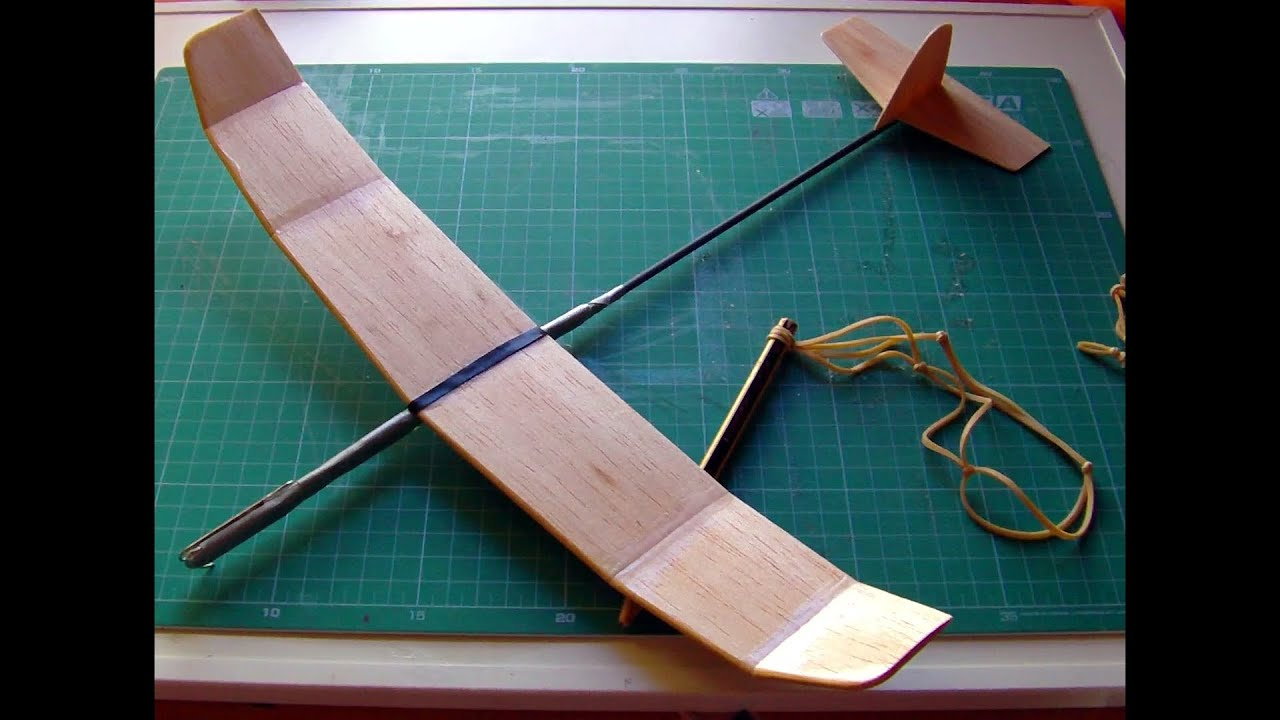 How To Make A Great Catapult Balsa Glider Youtube