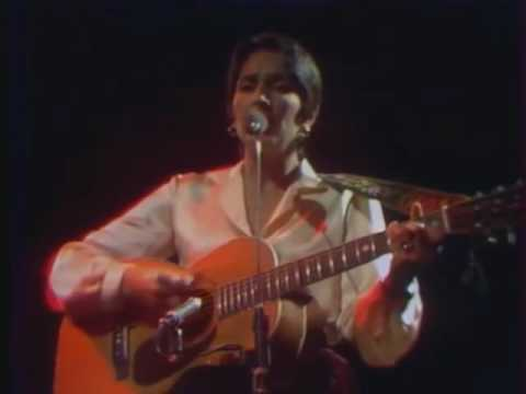 Joan Baez -  Here's to you, Nicola and Bart (live in France, 1977)