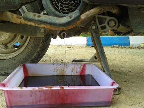 HONDA ACTIVA Engine oil change