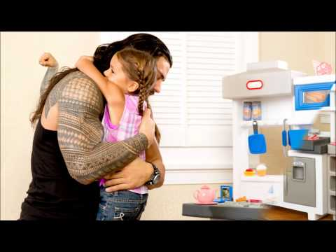 Wwe : Roman Reigns and his daughter, Joelle