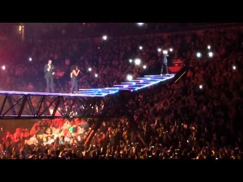 Justin Timberlake 'Let The Groove Get In' 20/20 Experience St. Louis
