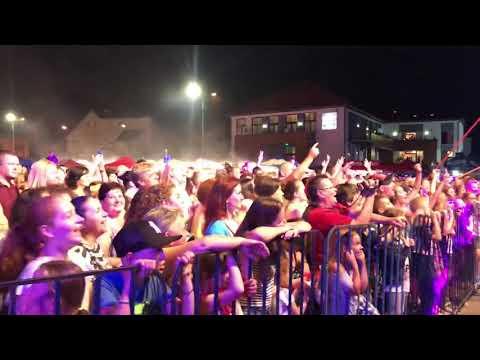 Zălăuanii vor o țara ca afara. Concert VUNK