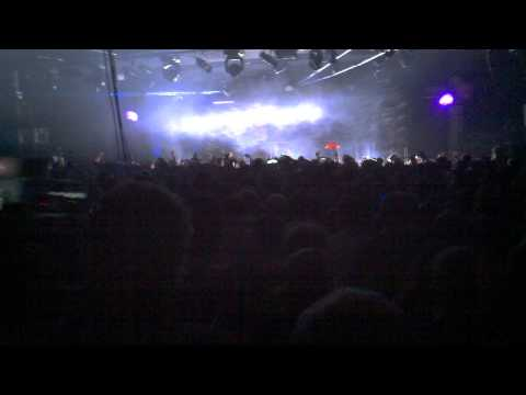 Moderat @ BLOC - 3/12/11 /// Headhunter - Prototype (Modeselektor VIP Remix)