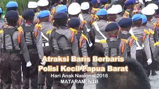 Download lagu Atraksi Hebat Baris Berbaris Polisi Kecil Papua Barat