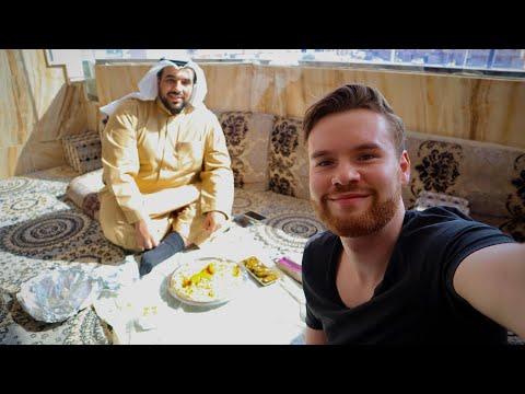 Eating SAUDI ARABIAN Food in DAMMAM & City Tour الدمام 🇸🇦