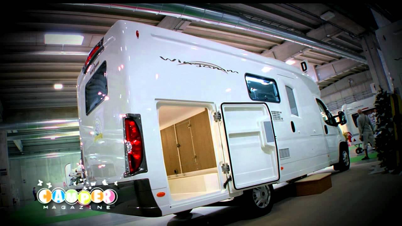 Wingamm oasi 690 garage s salone del camper 2012 youtube for Planimetrie del garage rv
