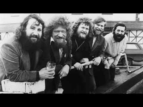The Dubliners ~ The Lark in the Morning