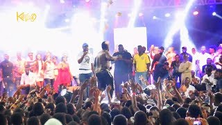 Duncan Mighty Dashed Out Money At Harrysong Kingmaker Concert In Warri
