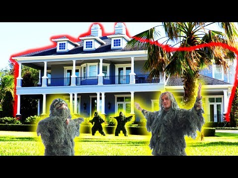 GHILLIE SUIT DING DONG DITCH!! (Rich People Edition) | JOOGSQUAD PPJT