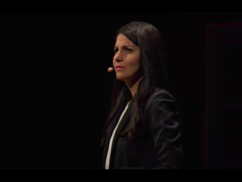 A refugee's journey to safety | Mozhdeh Ghasemiyani | TEDxAarhus