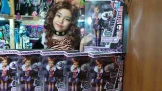 Распаковка и обзор Monster High  Clawdeen Wolf базовая!!! :)