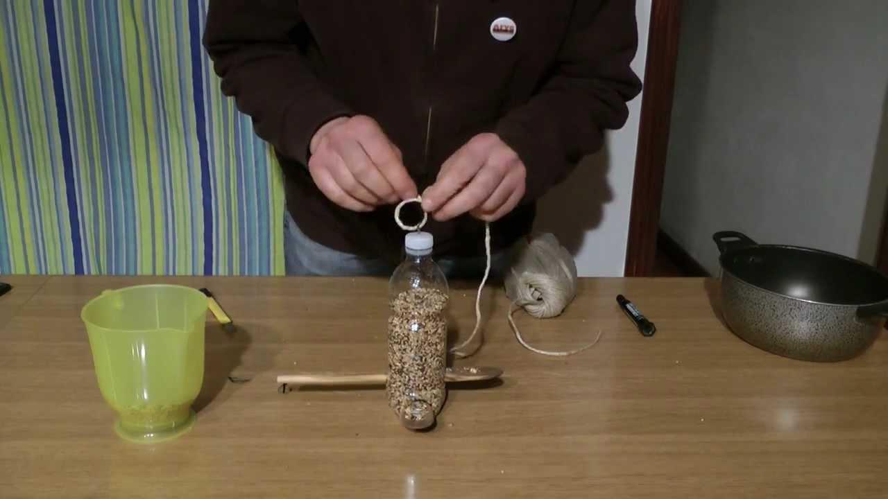 Favorito Mangiatoia per uccelli con materiali di recupero: bottiglietta in  QU09