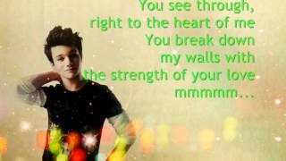 Glee - Kurt Hummel - I Have Nothing (Lyrics)