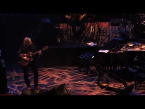 Lorena McKennitt - Santiago _ Queen Elizabeth Theatre Vancouver BC Canada