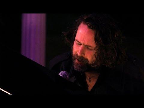 Liam Ó Maonlaí - Forgiven (live at The Glassworks)
