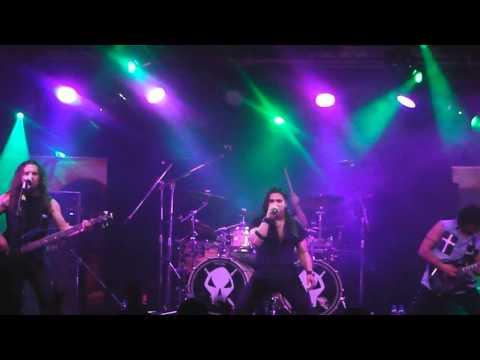 Saratoga en la sala Eventualmusic (02 -04 -11)