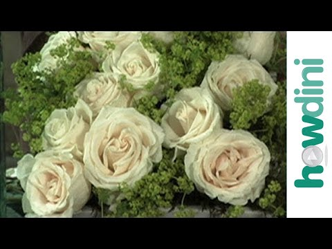 How To Make A Perfect Low Centerpiece