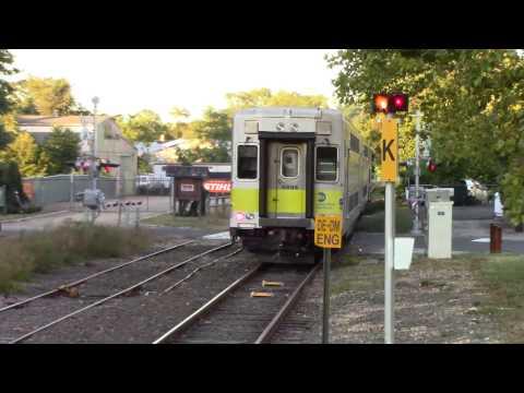 LIRR: Friday Evening Rush Along the Greenport Line at Mattituck & Southold