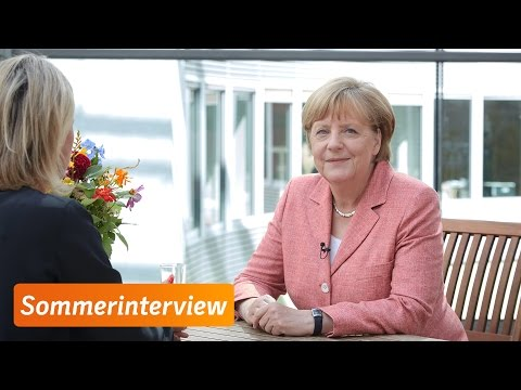 Sommerinterview mit Angela Merkel: Sicherheit hat einen hohen Stellenwert