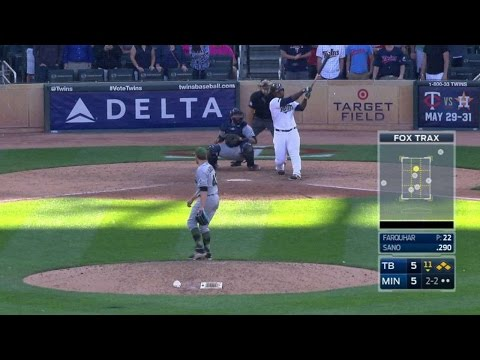 TB@MIN: Farquhar fans Sano with bases loaded