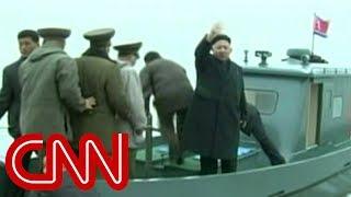 Kim Jong Un gets strange military welcome