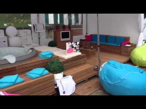 jacuzzi gonflable doovi. Black Bedroom Furniture Sets. Home Design Ideas