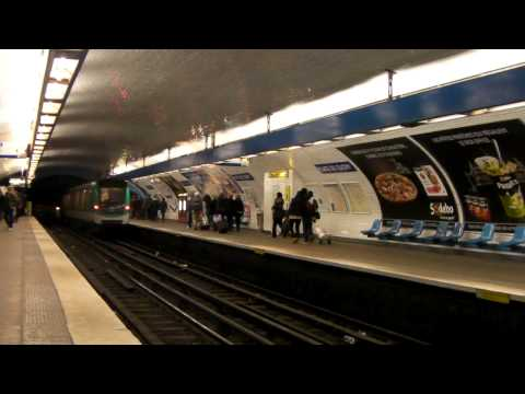 Paris-Metro Ligne 2 - L'Integrale (Porte Dauphine-Nation)