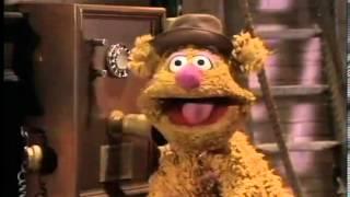 Running Gag - Muppets Backstage
