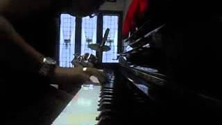 sandhy sandoro anak jalanan piano cover version...